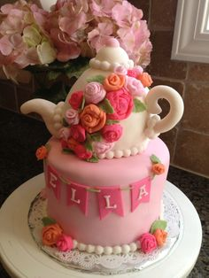 Tea Party tea pot cake.