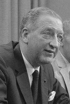 Frits Diepen (Tilburg, 29 augustus 1915 - Düsseldorf, 4 juli 1974) was een Nederlandse verzetsstrijder, luchtvaartpionier en -industrieel. Hij bouwde in 1942 in het geheim een vliegtuig en werd in 1943 districtsleider van de LO in Bergen op Zoom. De organisatie was zeer professioneel, rond de 200 onderduikers werden van valse papieren, geld en bonnen voorzien, het illegale blad Trouw werd verspreid en overvallen op distributiekantoren en andere geweldadige acties werden georganiseerd.