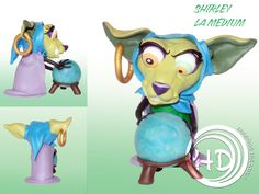 Figura de Shirley, una chihuahua adivina mística cuyo pasatiempo principal es lanzar maldiciones sobre aquellos que desafían la moral.  Figura de 6,5 cm aprox. Hecha totalmente a mano. Materiales: arcilla polimérica FIMO. Moral, Donald Duck, Disney Characters, Fictional Characters, Art, 4 Years, Party, Polymer Clay, Dogs