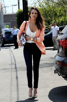 White Tee with Coral blazer, black pants and tan heels, love Jessica's style