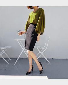 スリーブタックVネックブラウス・全3色シャツ・ブラウスシャツ・ブラウス|レディースファッション通販 DHOLICディーホリック [ファストファッション 水着 ワンピース]