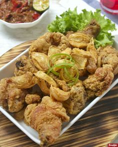 Indonesian Cuisine, Indonesian Recipes, Malay Food, Chicken Cordon, No Cook Meals, Fried Chicken, Cake Recipes, Chicken Recipes, Food And Drink