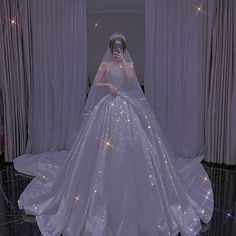 Ball Gown Dresses, Prom Dresses, Pretty Dresses, Beautiful Dresses, Mode Adidas, Sparkly Gown, Pastel Goth Fashion, Minimalist Wedding Dresses, Princess Ball Gowns