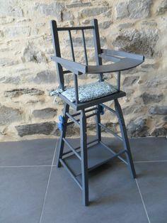 détails sur belle chaise haute en bois pour poupee ancienne mickey