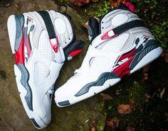Air Jordan Retro 8 Bugs Bunny