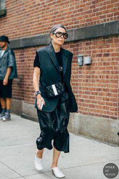 Winter Fashion Outfits, Fashion Week, Fashion Photo, Street Style Chic, Street Style Women, Garderobe Design, Street Looks, Minimalist Fashion Women, New York