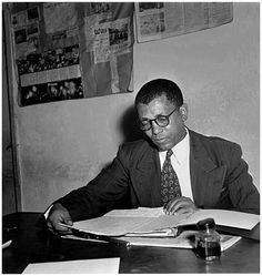 May 18 1912 - Walter Sisulu born. A South African anti-apartheid activist and member of the ANC who was jailed at Robben Island, for 25 yrs. Thomas Sankara, Steve Biko, Winnie Mandela, African National Congress, Fela Kuti, Political Prisoners, Today In History, Police Station, Good People