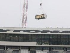 Crane begins to take down historic Sprint Cup Tower at Daytona International Speedway   News-JournalOnline.com