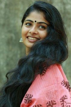 Indian Hair Cuts, Indian Long Hair Braid, Beautiful Girl Indian, Most Beautiful Indian Actress, Beautiful Women, Blonde Girlfriend, Indian Natural Beauty, Brunette Beauty, Indian Hairstyles