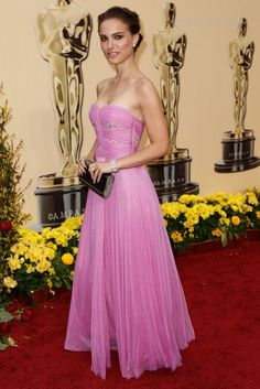 Natalie Portman 2009 Oscars pink Rodarte dress::this is gorgeous!