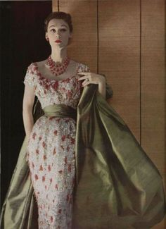 Gown-Vintage,Flowers,Green,Red,White