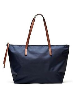 Found: the perfect every day bag | Nylon Tote from Banana Republic - great alternative to my Longchamp :)
