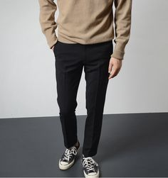 How To Build A Minimalist Wardrobe For Men Outfits With Converse, Casual Outfits, Look Fashion, Fashion Outfits, Mens Fashion, Stylish Men, Men Casual, Stil Inspiration, Outfits Hombre