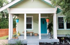 Exterior house paint color combinations green apartment therapy ideas for 2019 House Painting, Bohemian House, Exterior Paint Colors For House, Apartments Exterior, House Paint Exterior, Paint Colors For Home, Green Apartment, House Exterior, Modern Bohemian