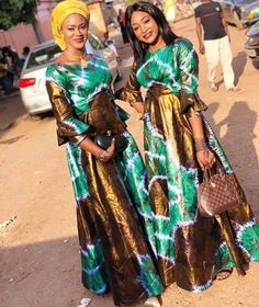 African Bridesmaid Dresses, Long African Dresses, Latest African Fashion Dresses, African Print Skirt, Africa Fashion, African Design, African Attire, African Beauty, Fashion Outfits