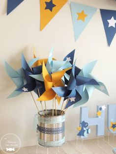 Set of 10 pinwheels in light blue color navy blue and yellow decor wind star maman gorille et son petit Yellow Party Decorations, Birthday Party Decorations, Table Decorations, Decoration Party, Deco Baby Shower, Baby Boy Shower, Theme Bapteme, Yellow Birthday Parties, Baby Boy Themes