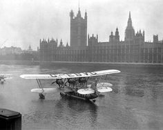An Imperial Airways Calcutta Flying boat on the Thames,1928