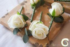 Cream rose buttonhole with eucalyptus foliage - Laurel Weddings