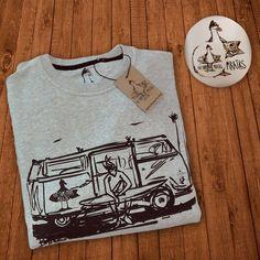 Schon alle Geschenke beisammen? Nicht?! Mit diesem Pullover von den Surfeiros Piratas machst du jeden Bulli-Fahrer glücklich. Und Nicht-Bulli-Fahrer auch. Wollen wir wetten?  -> https://www.coasthouse.de/Men/Sweater/TSP-Sweatshirt-Van-Heather-Grey.html  #coasthouse #surfwear #thesurfeirospiratas #sweatshirt #getinthevan #travellust