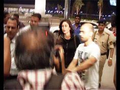 Kareena Kapoor at Mumbai Airport leaving for IIFA Awards 2014.
