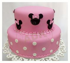 Bolo Minnie rosa escuro