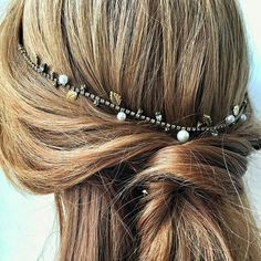 Look Of Young, Beading Projects, How To Make Hair, Hair Jewelry, Head Wraps, Braided Hairstyles, Bobby Pins, Special Occasion, Braids