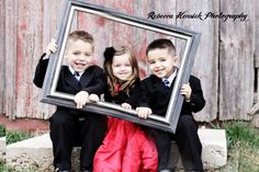 #christmas #photography #kids #frame #rebeccahensiekphotography #cute #smile