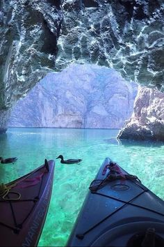 If You Want to Escape Vegas, Paddle Your Way to This Nearby Emerald Cave Travel Inspiration Las Vegas Vacation, Vacation Places, Vacation Destinations, Dream Vacations, Places To Travel, Places To See, Lake Las Vegas, Dream Vacation Spots, Greece Vacation