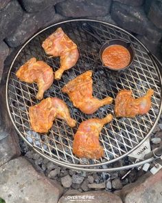 Try this simple yet insane Grilled Huli Huli Bourbon Chicken recipe right now! Perfect cook during the start of summer! Grilled Chicken Recipes, Meat Recipes, Mexican Food Recipes, Dinner Recipes, Cooking Recipes, Cooking Ideas, Fire Cooking, Outdoor Cooking, Cooking Corn