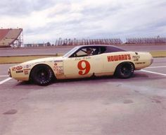 Nascar Racers, Late Model Racing, Dream Car Garage, Air Max Day, I Love America, Old Race Cars, Vintage Classics, Vintage Race Car, Classic Cars