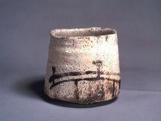 """Teabowl """"Hashi-Hime"""", Japan, Momoyama Period (1573-1603); Stoneware with feldspathic glaze and iron slip decoration"""