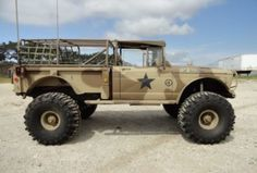 Motori: Streetable Off-Road Build 1967 Jeep - Ultime Notizie Jeep Willys, Cj Jeep, Jeep 4x4, Jeep Truck, Jeep Wrangler, Jeep Wagoneer, Jeep Cars, Pickup Trucks, Jeep Pickup