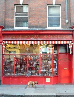Soho A lot goes on in this vibrant neighborhood. Similar to New York's SoHo, here you can find cute vintage shops, specialty stores (like this adorable coffee shop) and some of the most fashionable alternative clubs in town. Beautiful London, Most Beautiful Cities, Amazing Places, Grand Designs Live, New York Soho, Uk Destinations, Coffee Store, London History, London Places