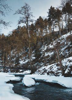 5 Ziele für Tagesausflüge in die Eifel | HELLO WANDER Die Eifel, Camper, Outdoor, Wonderful Places, Hiking Trails, Croatia, Outdoors, Caravan, Travel Trailers