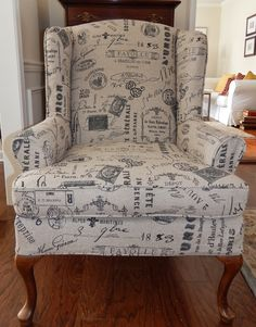 Pam Morris Sews: Printed linen slipcover for a wing chair Furniture Slipcovers, Slipcovers For Chairs, No Sew Slipcover, Recliner Chair Covers, Leather Reclining Sofa, Leather Furniture, Leather Sofas, Traditional Sofa, Furniture Update