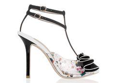 Sophia Webster Escarpins Lana en PVC et daim http://www.vogue.fr/mode/shopping/diaporama/shoes-party/11093/image/655924#!sophia-webster-escarpins-lana-en-pvc-et-daim-450-euros