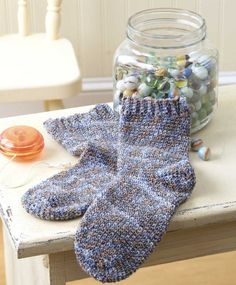 Learn to Crochet Socks for the Family - So comfy and soft, hand-crocheted socks are one of life's ultimate luxuries! Crochet expert Darla Sims presents 15 cozy toe-warmers for the family and also teaches you how to design your own. There are socks and slipper socks for children, women, and men. From anklets to add-on ribbing socks, top-down socks to sports socks, the varying styles offer something to please everyone. The stitch patterns are fun, too, and include shells, lace designs, and…