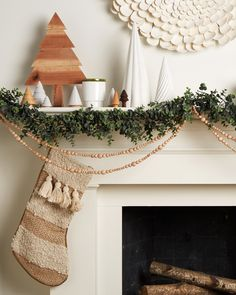 High-quality Homebuilding Magazine - An Excellent Assist In Dwelling Style And Design And Design 3 Gorgeous Ways To Decorate Your Mantel For Christmas Minimalists, This Ones For You. In the event that You Need A Break From The Hustle Of The Holidays, Take Christmas Mantels, Noel Christmas, Merry Little Christmas, Winter Christmas, Christmas Decorations, Pink Christmas, Christmas Fireplace, Christmas Bedroom, Fireplace Mantel
