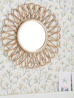 papier peint mimosa miroir fleur rotin - blog déco - clem around the corner Clem, Deco Retro, Blog Deco, Motif Floral, Decoration, Corner, Mirror, Furniture, Home Decor