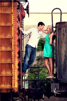Engagement Photo on a Train - love it! Charles and I got engaged on a train :)