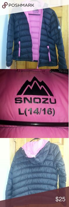 Snozu puffer down jacket. This comes with a pouch that carrys the jacket. Fur is removable from hood. Snaps.  Super cute. Light weight. Really warm.  Juniors.  Perfect condition.  Waterproof & Great for Snow/Ski. snozu Jackets & Coats Puffers