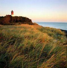 Nauset Light, Eastham, MA 10 must-see lighthouses in New England - Magazine - The Boston Globe Cape Cod Lighthouses, Narragansett Bay, Harbor Lights, Lake Champlain, Block Island, Am Meer, Rhode Island, New Hampshire, East Coast