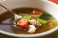 Turkey Stock: Don't throw your leftover Thanksgiving turkey carcass away! Use it to make a rich-tasting stock instead! I make this recipe every year, then use it as a base for a delicious turkey soup. Great way to use up leftovers! Thanksgiving Leftover Recipes, Thanksgiving Leftovers, Holiday Recipes, Turkey Leftovers, Thanksgiving Treats, Leftover Turkey, Winter Recipes, Holiday Ideas, Turkey Soup