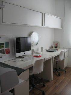 Modern Workspace  :: iMac - White and Clean Space