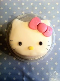 Hello Kitty Shaped Cake