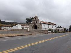 La primera iglesia construida en el suelo Ecuatoriano, La Balbanera, Colta, Chimborazo....!!!