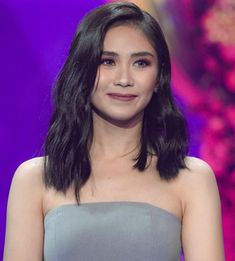 Popstar Princess Sarah Geronimo received scrutiny for vocally expressing her support to Senator Sonny Angara for the next election. Filipina Beauty, Geronimo, Iconic Women, Celebs, Celebrities, Filipino, Kos, Singer, Actresses