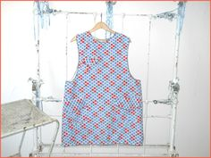 Cute Hand Sewn Artist Crafter Smock Full Apron Red by justjunkin2, $12.99