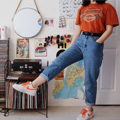 or 🤙🏻🥀☕️ outfit: top - thrifted pants - thrifted/depop shoes- nike belt - brandy melville Source by viktoriareese Indie Outfits, Cute Casual Outfits, Teen Fashion Outfits, Grunge Outfits, Outfits For Teens, Fashion Ideas, 90s Grunge, Fashion Tips, Thrift Store Outfits