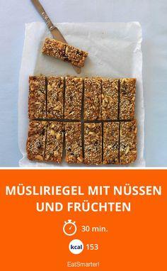 Müsliriegel mit Nüssen und Früchten - smarter - Kalorien: 153 Kcal - Zeit: 30 Min. | eatsmarter.de